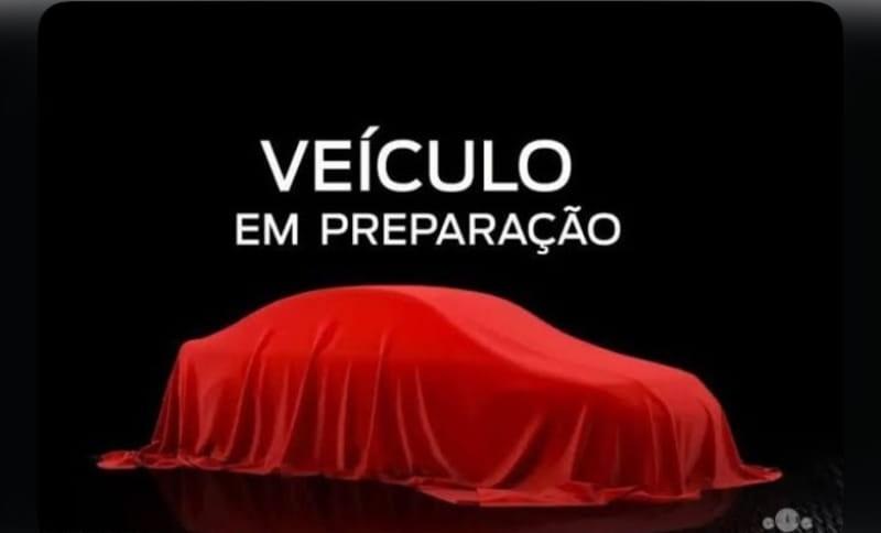 //www.autoline.com.br/carro/chevrolet/classic-10-ls-8v-flex-4p-manual/2015/curitiba-pr/13693623