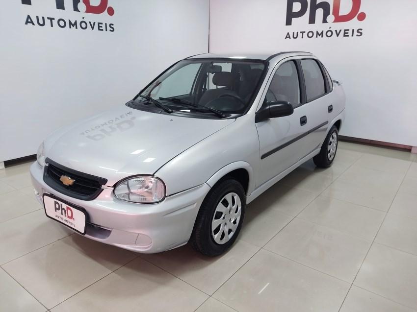 //www.autoline.com.br/carro/chevrolet/classic-10-life-8v-flex-4p-manual/2009/brasilia-df/13844876