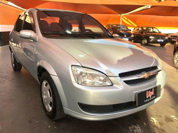 //www.autoline.com.br/carro/chevrolet/classic-10-8v-flex-4p-manual/2011/sorocaba-sp/13857174