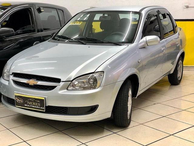 //www.autoline.com.br/carro/chevrolet/classic-10-8v-flex-4p-manual/2011/sao-paulo-sp/13876826