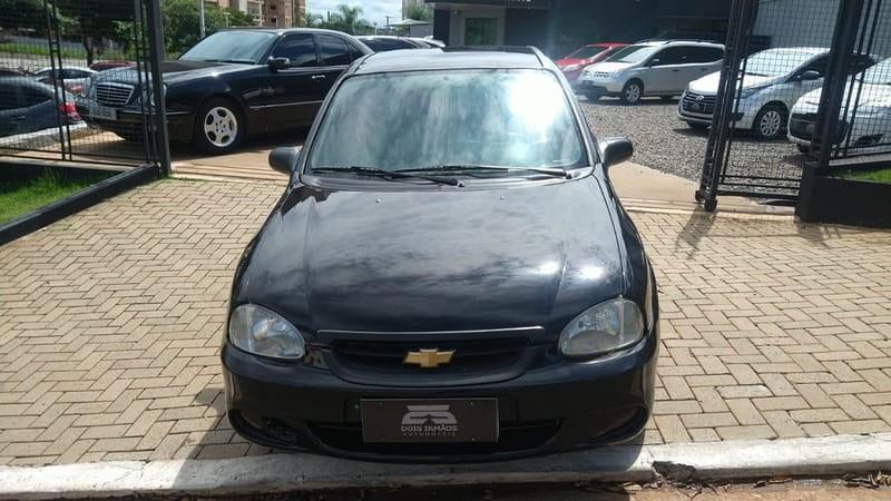 //www.autoline.com.br/carro/chevrolet/classic-10-life-8v-flex-4p-manual/2009/campo-grande-ms/13919851