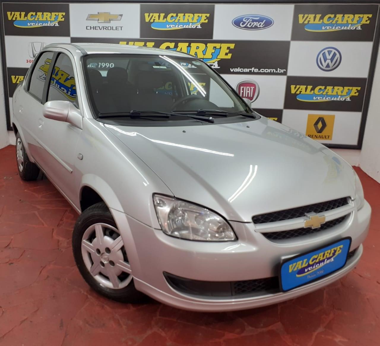 //www.autoline.com.br/carro/chevrolet/classic-10-ls-8v-flex-4p-manual/2013/campinas-sp/14028036