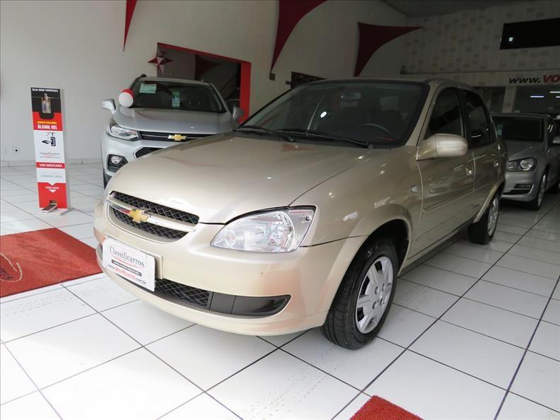 //www.autoline.com.br/carro/chevrolet/classic-10-ls-8v-flex-4p-manual/2012/campinas-sp/14078069