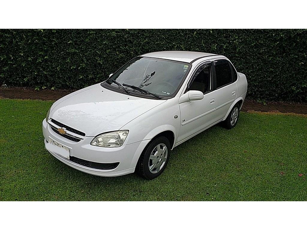 //www.autoline.com.br/carro/chevrolet/classic-10-8v-flex-4p-manual/2011/cascavel-pr/14360971
