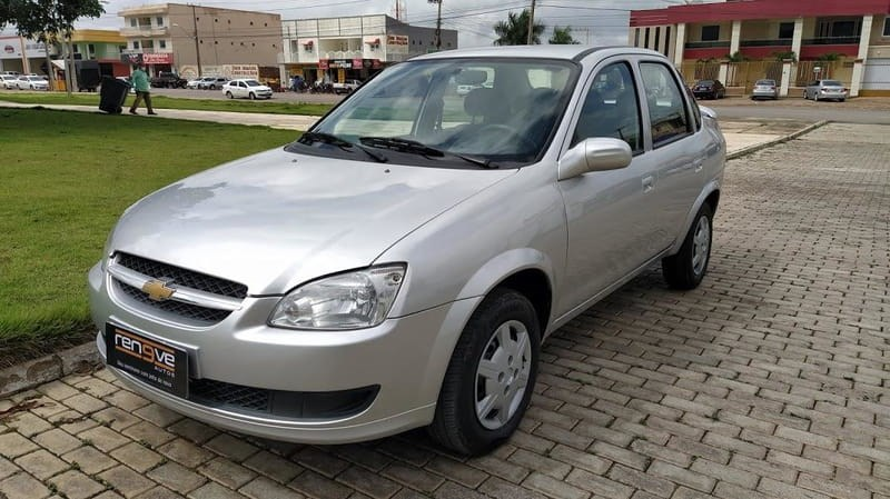 //www.autoline.com.br/carro/chevrolet/classic-10-ls-8v-flex-4p-manual/2016/tiangua-ce/14369770