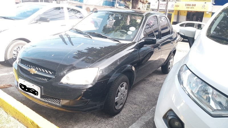 //www.autoline.com.br/carro/chevrolet/classic-10-ls-8v-flex-4p-manual/2015/recife-pe/14410531
