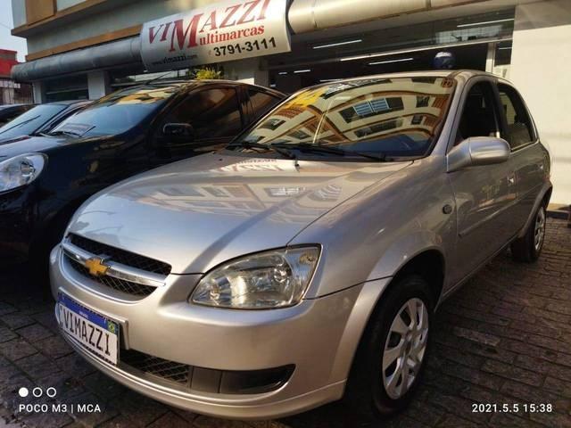 //www.autoline.com.br/carro/chevrolet/classic-10-ls-8v-flex-4p-manual/2014/sao-paulo-sp/14630657