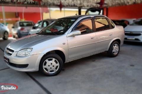 //www.autoline.com.br/carro/chevrolet/classic-10-ls-8v-flex-4p-manual/2014/sao-paulo-sp/14655684