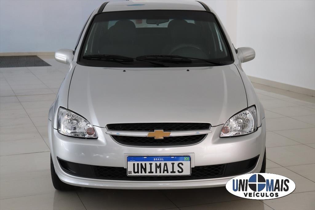 //www.autoline.com.br/carro/chevrolet/classic-10-ls-8v-flex-4p-manual/2014/campinas-sp/14682164
