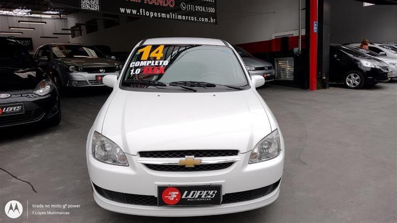 //www.autoline.com.br/carro/chevrolet/classic-10-ls-8v-flex-4p-manual/2014/sao-paulo-sp/14887155