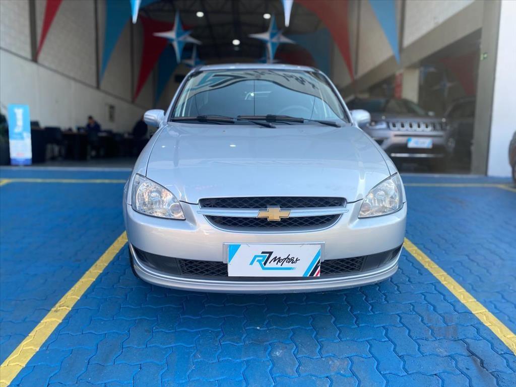 //www.autoline.com.br/carro/chevrolet/classic-10-ls-8v-flex-4p-manual/2015/campinas-sp/15043442