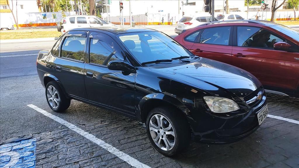 //www.autoline.com.br/carro/chevrolet/classic-10-ls-8v-flex-4p-manual/2016/sao-paulo-sp/15094699