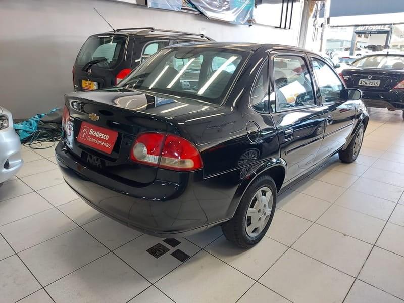 //www.autoline.com.br/carro/chevrolet/classic-10-ls-8v-flex-4p-manual/2012/mogi-das-cruzes-sp/15107532
