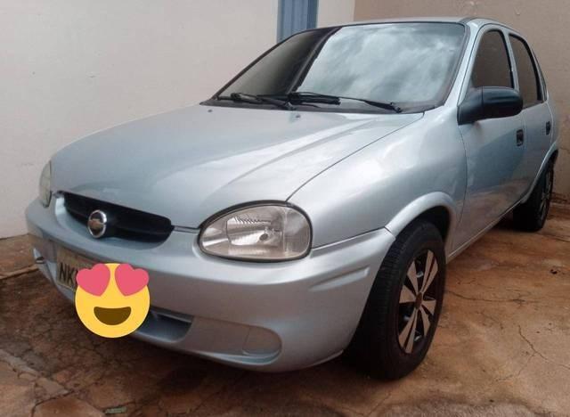 //www.autoline.com.br/carro/chevrolet/classic-10-life-8v-flex-4p-manual/2008/rio-verde-go/15154735