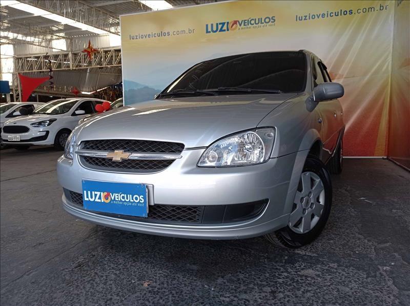 //www.autoline.com.br/carro/chevrolet/classic-10-ls-8v-flex-4p-manual/2013/campinas-sp/15177731
