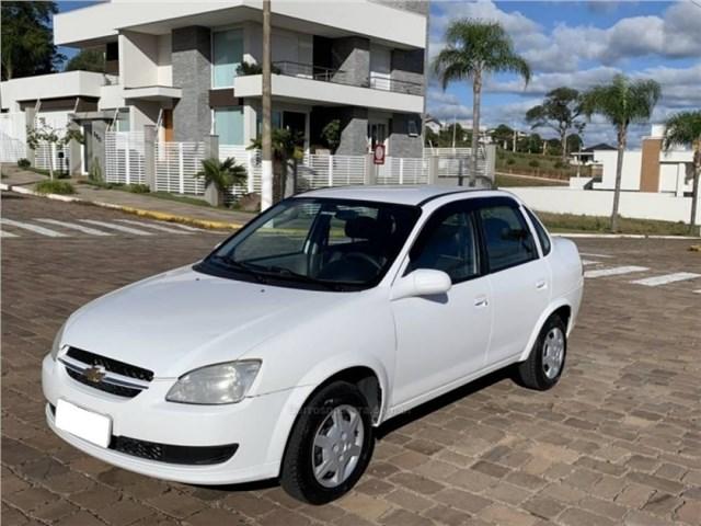 //www.autoline.com.br/carro/chevrolet/classic-10-ls-8v-flex-4p-manual/2016/rio-de-janeiro-rj/15194972