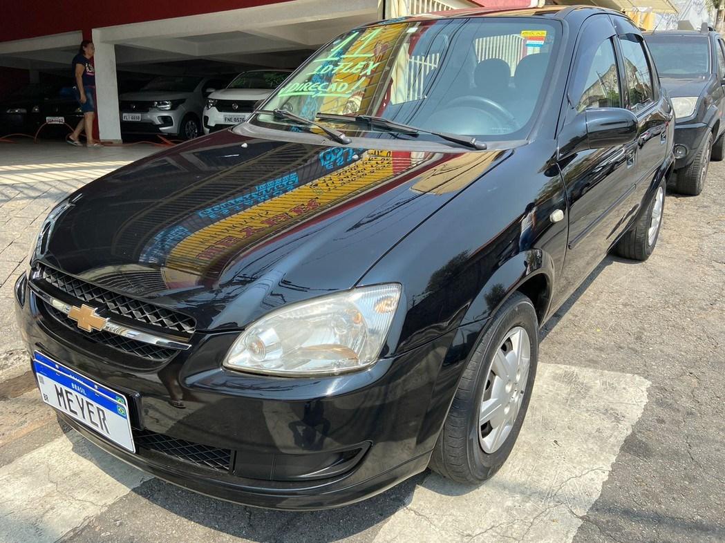 //www.autoline.com.br/carro/chevrolet/classic-10-8v-flex-4p-manual/2011/sao-paulo-sp/15476966