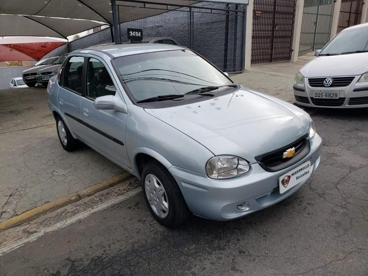//www.autoline.com.br/carro/chevrolet/classic-10-spirit-8v-flex-4p-manual/2009/campinas-sp/15525347