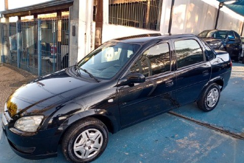 //www.autoline.com.br/carro/chevrolet/classic-10-ls-8v-flex-4p-manual/2012/campinas-sp/15532671