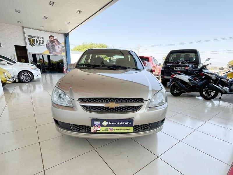 //www.autoline.com.br/carro/chevrolet/classic-10-ls-8v-flex-4p-manual/2012/palmas-to/15625480