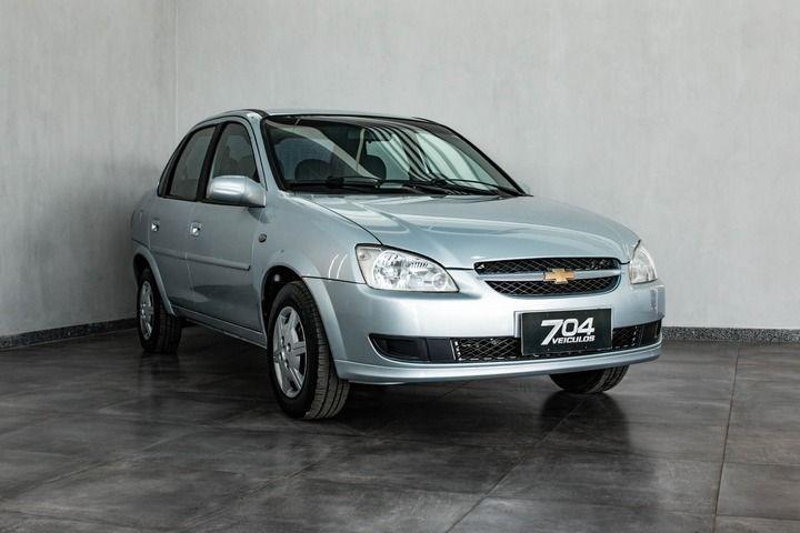 //www.autoline.com.br/carro/chevrolet/classic-10-8v-flex-4p-manual/2011/brasilia-df/15712236