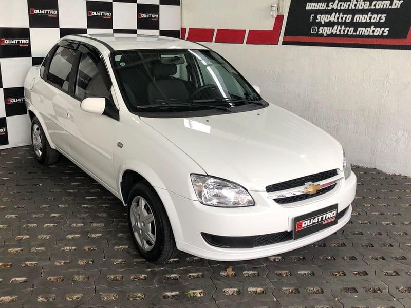 //www.autoline.com.br/carro/chevrolet/classic-10-ls-8v-flex-4p-manual/2014/curitiba-pr/15716174