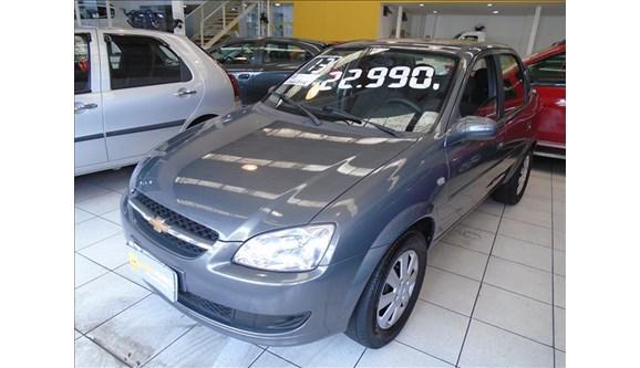 //www.autoline.com.br/carro/chevrolet/classic-10-ls-8v-flex-4p-manual/2013/sao-paulo-sp/6813027