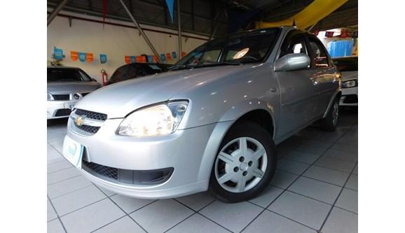 //www.autoline.com.br/carro/chevrolet/classic-10-ls-8v-flex-4p-manual/2014/campinas-sp/7448300