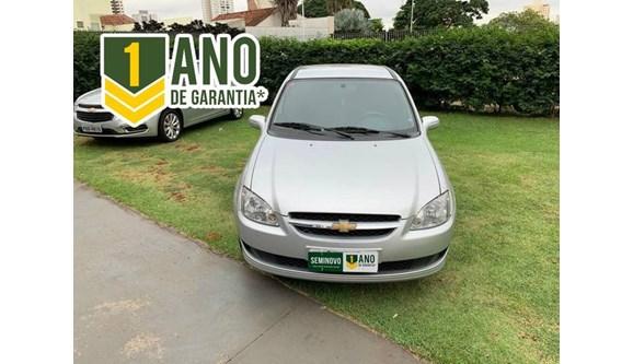 //www.autoline.com.br/carro/chevrolet/classic-10-ls-8v-flex-4p-manual/2013/goiania-go/8337128