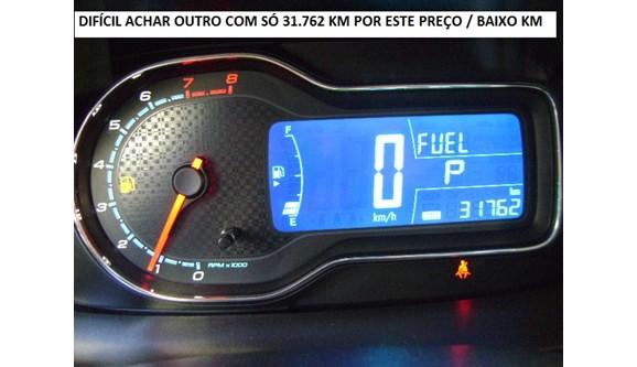 //www.autoline.com.br/carro/chevrolet/cobalt-18-ltz-8v-flex-4p-automatico/2016/guarulhos-sp/4713259