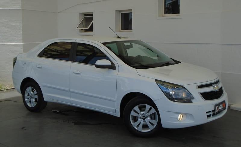 //www.autoline.com.br/carro/chevrolet/cobalt-18-ltz-8v-flex-4p-automatico/2015/brasilia-df/10031038