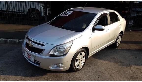 //www.autoline.com.br/carro/chevrolet/cobalt-14-lt-8v-flex-4p-manual/2014/sao-paulo-sp/12478251