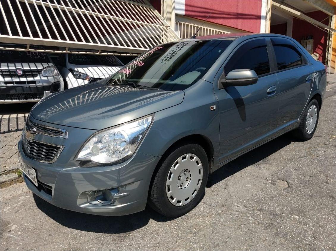 //www.autoline.com.br/carro/chevrolet/cobalt-14-lt-8v-flex-4p-manual/2013/sao-paulo-sp/12703549
