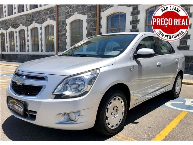 //www.autoline.com.br/carro/chevrolet/cobalt-14-lt-8v-flex-4p-manual/2013/rio-de-janeiro-rj/13131591