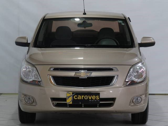 //www.autoline.com.br/carro/chevrolet/cobalt-18-lt-8v-flex-4p-manual/2013/sao-paulo-sp/13131806