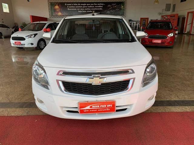 //www.autoline.com.br/carro/chevrolet/cobalt-18-ltz-8v-flex-4p-automatico/2015/itumbiara-go/13159892