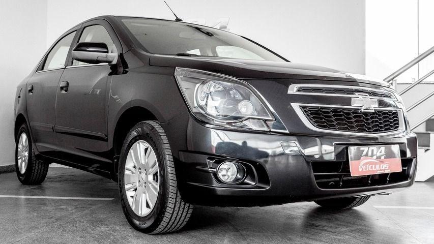 //www.autoline.com.br/carro/chevrolet/cobalt-18-ltz-8v-flex-4p-automatico/2015/brasilia-df/13810044