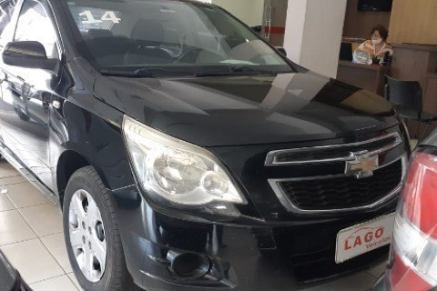 //www.autoline.com.br/carro/chevrolet/cobalt-18-lt-8v-flex-4p-automatico/2014/varginha-mg/14560483