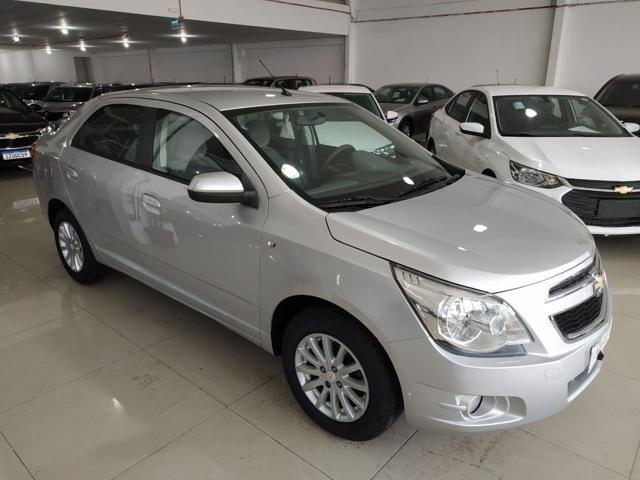 //www.autoline.com.br/carro/chevrolet/cobalt-14-ltz-8v-flex-4p-manual/2013/porto-alegre-rs/14650751