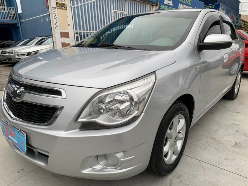 //www.autoline.com.br/carro/chevrolet/cobalt-18-lt-8v-flex-4p-manual/2013/curitiba-pr/14666193