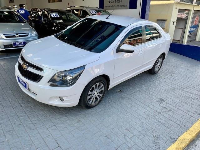 //www.autoline.com.br/carro/chevrolet/cobalt-18-graphite-8v-flex-4p-automatico/2015/sao-paulo-sp/14934818