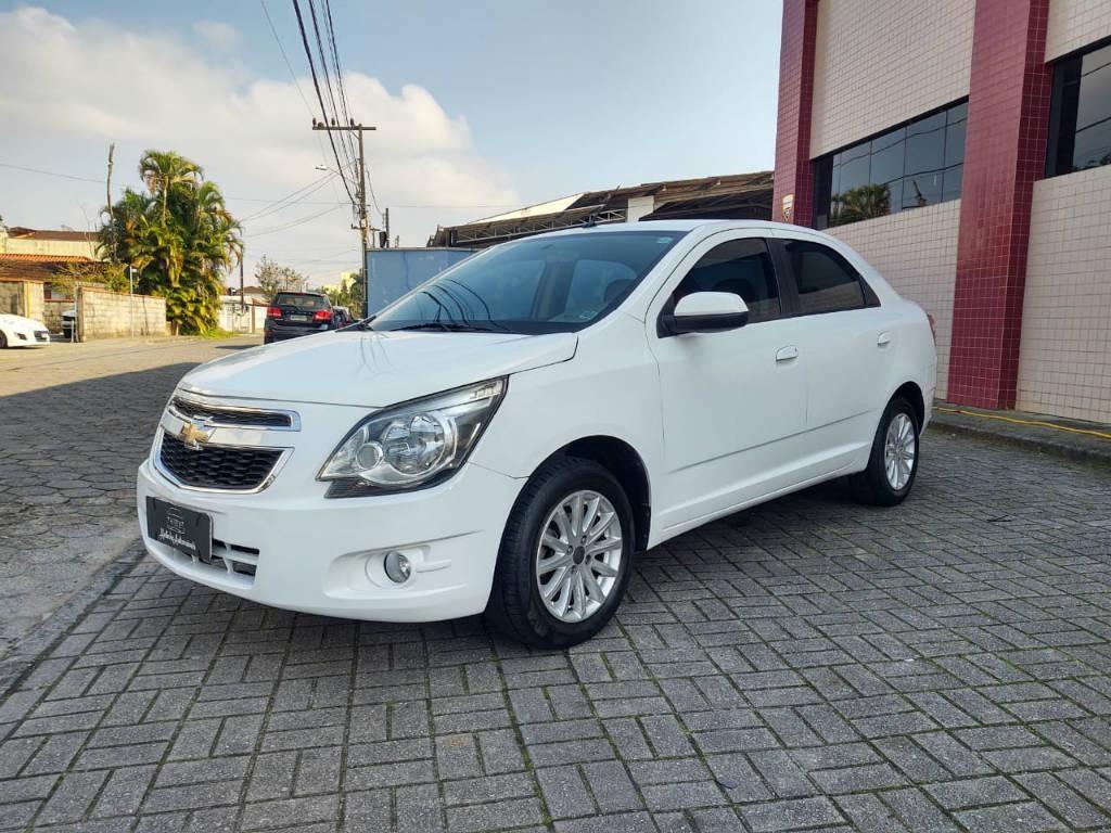 //www.autoline.com.br/carro/chevrolet/cobalt-14-ltz-8v-flex-4p-manual/2015/joinville-sc/15123450