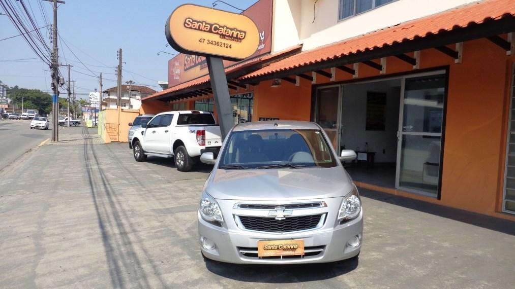 //www.autoline.com.br/carro/chevrolet/cobalt-14-lt-8v-flex-4p-manual/2014/joinville-sc/15559985