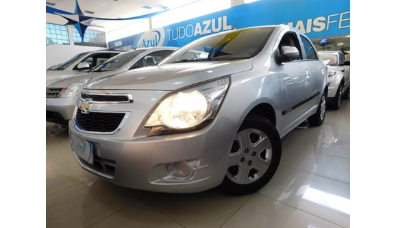 //www.autoline.com.br/carro/chevrolet/cobalt-14-lt-8v-flex-4p-manual/2014/campinas-sp/7469402