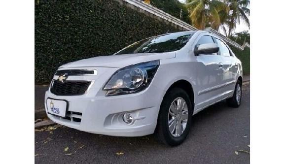 //www.autoline.com.br/carro/chevrolet/cobalt-18-ltz-8v-flex-4p-automatico/2014/aracatuba-sp/8594381