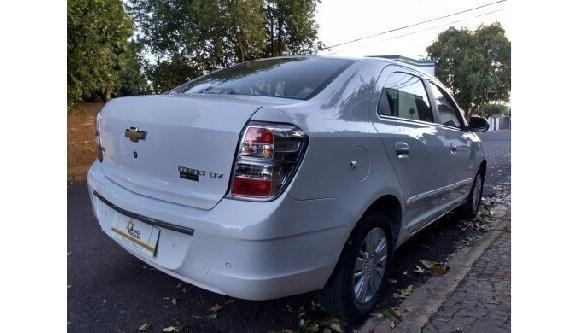//www.autoline.com.br/carro/chevrolet/cobalt-18-ltz-8v-106cv-4p-flex-automatico/2014/aracatuba-sp/8594381