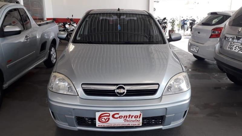 //www.autoline.com.br/carro/chevrolet/corsa-14-premium-8v-sedan-flex-4p-manual/2008/agua-boa-mt/10597801