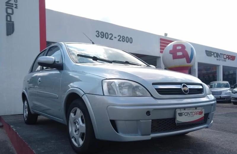 //www.autoline.com.br/carro/chevrolet/corsa-14-premium-8v-sedan-flex-4p-manual/2009/sao-jose-dos-campos-sp/11027062
