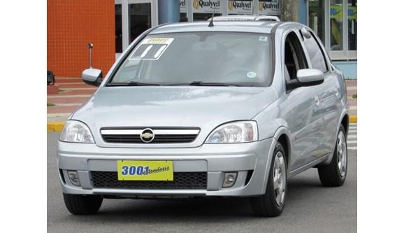 //www.autoline.com.br/carro/chevrolet/corsa-14-premium-8v-sedan-flex-4p-manual/2011/santo-andre-sp/11197574