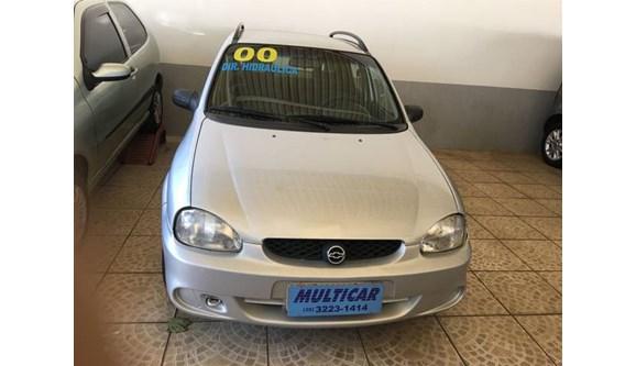 //www.autoline.com.br/carro/chevrolet/corsa-10-wagon-super-16v-gasolina-4p-manual/2000/varginha-mg/11215816